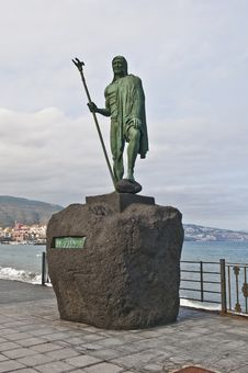 Free Guanches Indians Statues Royalty Free Stock Photography - 15784507