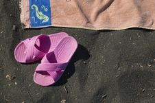 Free Beach Scene With Orangetowel And Pink Sandals Stock Photo - 15787820