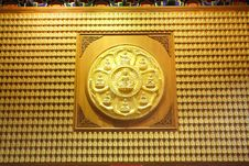 The Circle Of Golden Buddha Royalty Free Stock Photos