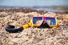 Free Snorkeling On The Beach Royalty Free Stock Image - 15791596