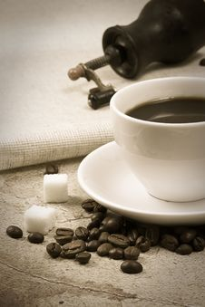 Free Cup Of Coffee And Grinder Stock Photos - 15793223