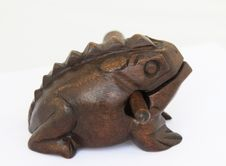Free Wooden African Frog Royalty Free Stock Images - 15793849