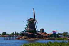 Free Mills In Holland Royalty Free Stock Photos - 15794338