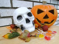Free Scull And Pumpkin Stock Photos - 15799223