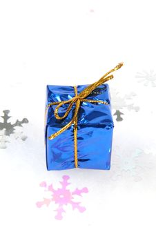 Free Blue Gift Box Christmas Ornament Stock Images - 1582664