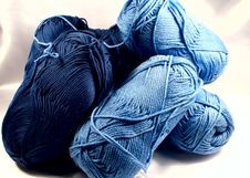 Free Blue Yarn Royalty Free Stock Photo - 1585565
