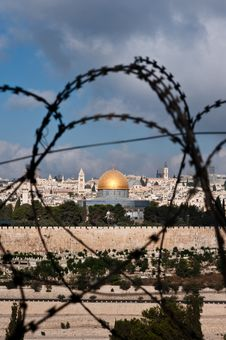 Free Jerusalem Through Razor Wire Royalty Free Stock Photo - 15802725