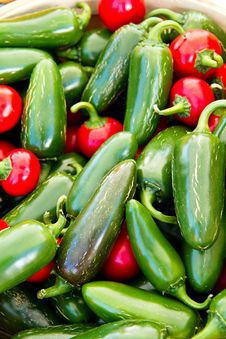 Free Hot Peppers Royalty Free Stock Image - 15803076