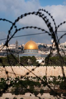 Free Jerusalem Through Razor Wire Stock Photo - 15803310