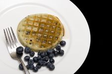 Free Waffle And Berry Royalty Free Stock Photography - 15804807