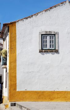 Free Old White House And Window(Portugal) Royalty Free Stock Photos - 15808098