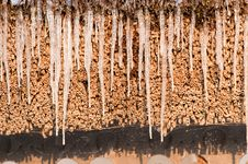 Free Icicles On A Roof Stock Photography - 15811922