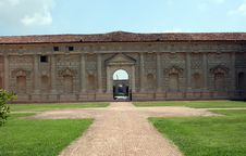 Free Castel Entrance Royalty Free Stock Image - 15812316