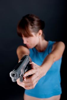 Free Woman With Gun Stock Images - 15812564
