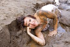 Free Beauty In Mud Royalty Free Stock Photography - 15812607