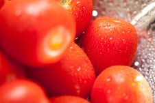 Free Vibrant Roma Tomatoes In Colander With Water Drops Royalty Free Stock Photography - 15814017