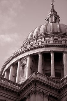 Free St Pauls Cathedral Church Royalty Free Stock Photography - 15814037