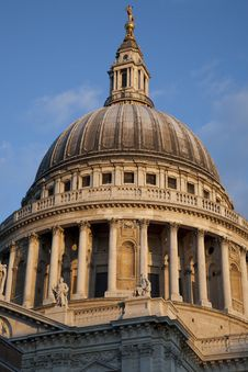 Free St Pauls Cathedral Church Dome Royalty Free Stock Photography - 15814227