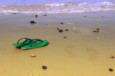 Free Slippers On The Beach Royalty Free Stock Photography - 15817737