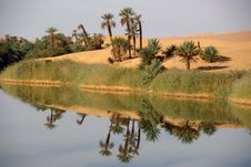 Free Lake In Libya Royalty Free Stock Photos - 15818288