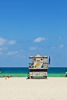 Free Miami Beach With People Enjoying The Ocean Stock Photos - 15818623