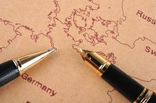 Free Pens And Map Royalty Free Stock Images - 15819299
