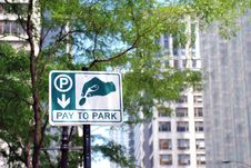 Free Pay To Park Sign Royalty Free Stock Image - 15819946