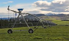 Free Pivot Irrigation, New Zealand Stock Photo - 15821230