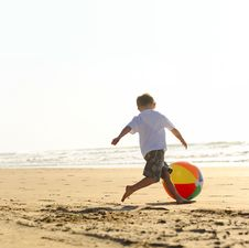 Free Beach Ball Joy Stock Photography - 15822902