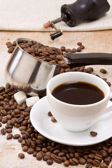 Free Coffee Pot, Cup And Grinder Royalty Free Stock Image - 15827366
