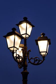 Free Streetlights Royalty Free Stock Photo - 15832305
