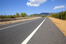 Free Highway Across Non-urban Landscape Royalty Free Stock Photos - 15835048