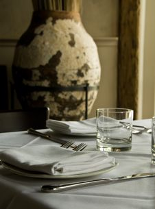 Free Restaurant Table Stock Photos - 15836333