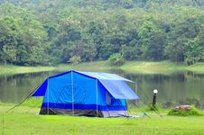 Free Camping Tent Royalty Free Stock Photos - 15837508