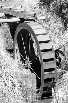 Free Water Wheel Royalty Free Stock Photo - 15839135