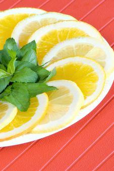Free Slices Of Lemon And Orange Stock Photo - 15841360
