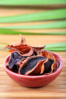 Free Ayurvedic Dry Flowers Royalty Free Stock Image - 15842736