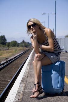 Free Lady Waiting For Train Royalty Free Stock Images - 15848179