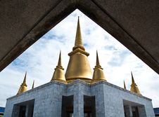 Free Pagoda Royalty Free Stock Images - 15853239