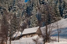 Free Mountain House In Winter Landscape Stock Photography - 15853532