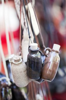 Free Small Clay Bottles Royalty Free Stock Photo - 15857335