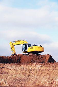 Free Yellow Excavator Stock Photo - 15857410