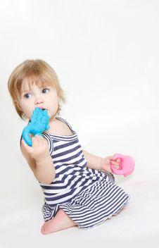 Free Toddler Girl With Big Eyes Royalty Free Stock Photos - 15857878