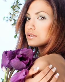 Free Portrait Of A Beauty Woman With A Violet Tulip Royalty Free Stock Photography - 15858107