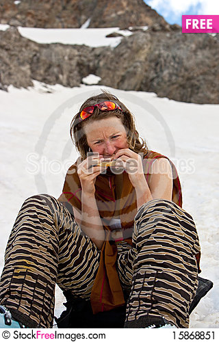 Free Lunch On The Snow Stock Image - 15868851