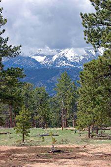 Free Colorado Mountains Royalty Free Stock Photography - 15863497
