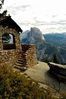 Half Dome And Geology Hut. Royalty Free Stock Images