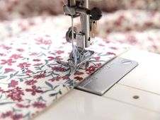 Free Sewing Machine Stock Photography - 15868042