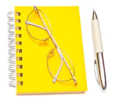Free Pen And Eye Glasses Stock Photo - 15871090