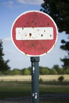 Free Rusty No Entry Sign Stock Photo - 15872570